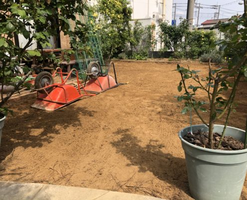 土の入れ替え 残土処分 土壌改良 芝張り 張り替え さいたま市 植木屋