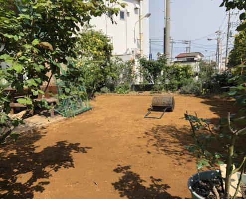 客土 転圧 芝張り お庭リフォーム 植木屋 埼玉県春日部市