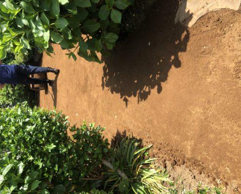 芝生 張り替え 芝張り スキ取り 残土処分 整地 客土 庭造り 造園 外構工事